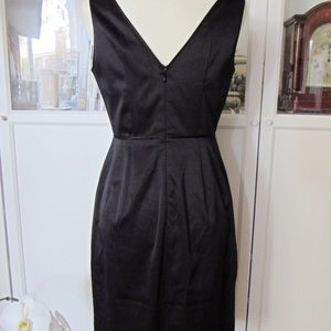 Banana Republic Dresses - Banana Republic NWT Black Satin Sheath Midi Dress